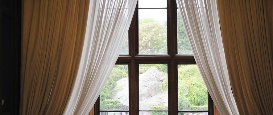 Youngstown, OH drape blinds cleaning